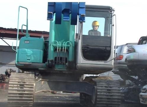 車両系建設機械運転者 / 自動車免許