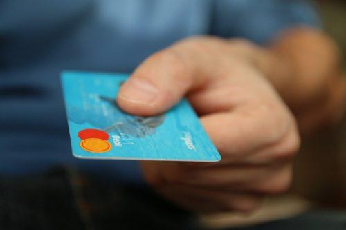 クレジットカードなしで無料体験できる