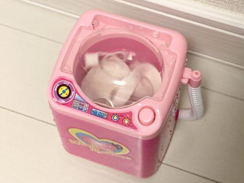 ダイソーのミニ洗濯機でマスクを洗う!